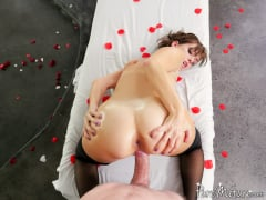 Alana Cruise - Pampered 9 to 5 (Thumb 15)
