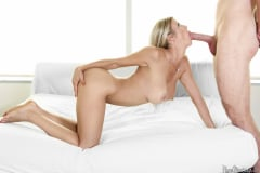 Alexis Fawx - Wet Pussy In Waiting (Thumb 09)
