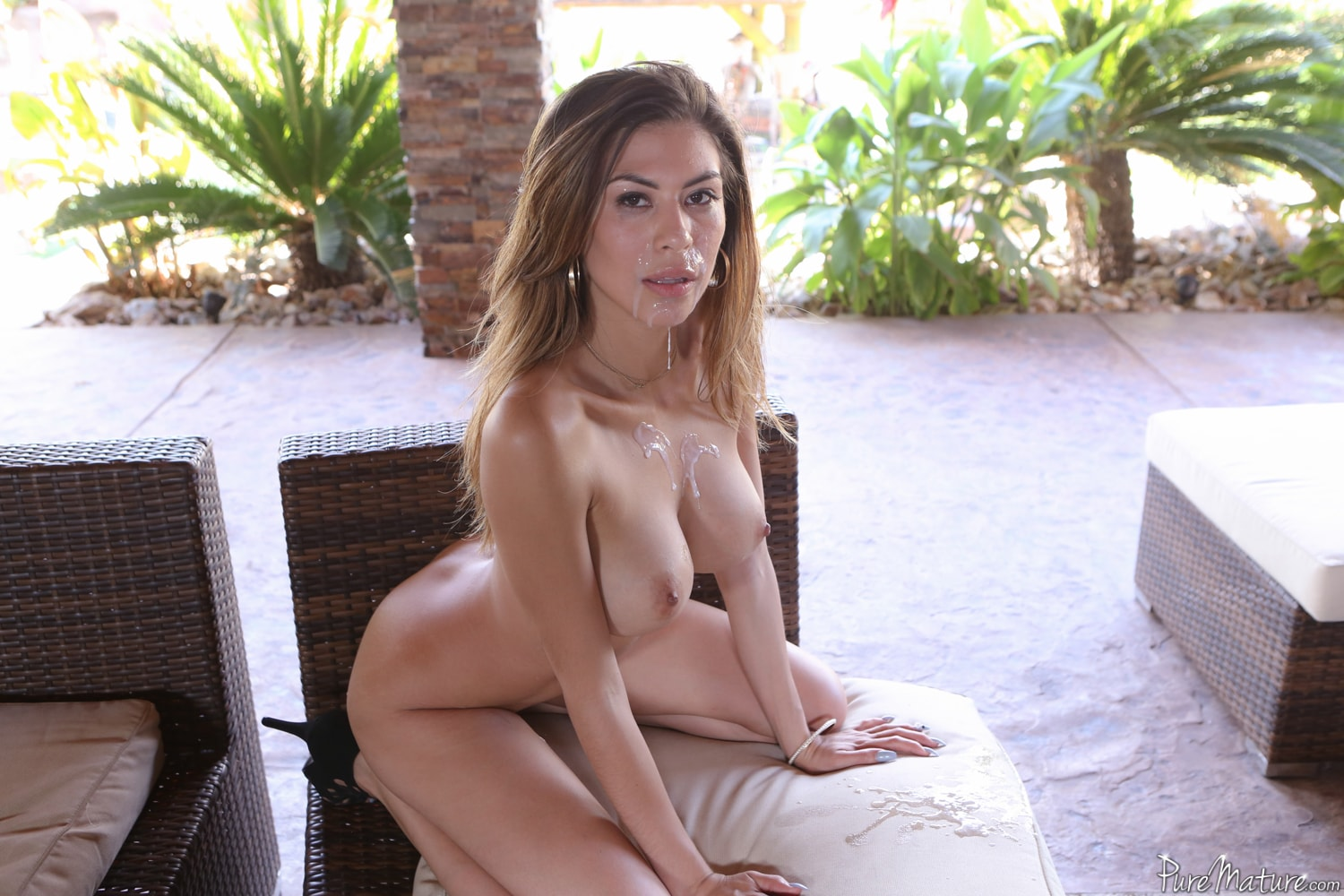 Pure Mature 'Home for Lunch' starring Heather Vahn (Photo 7)