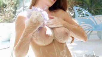 Veronica Vain in 'After Work Shower'